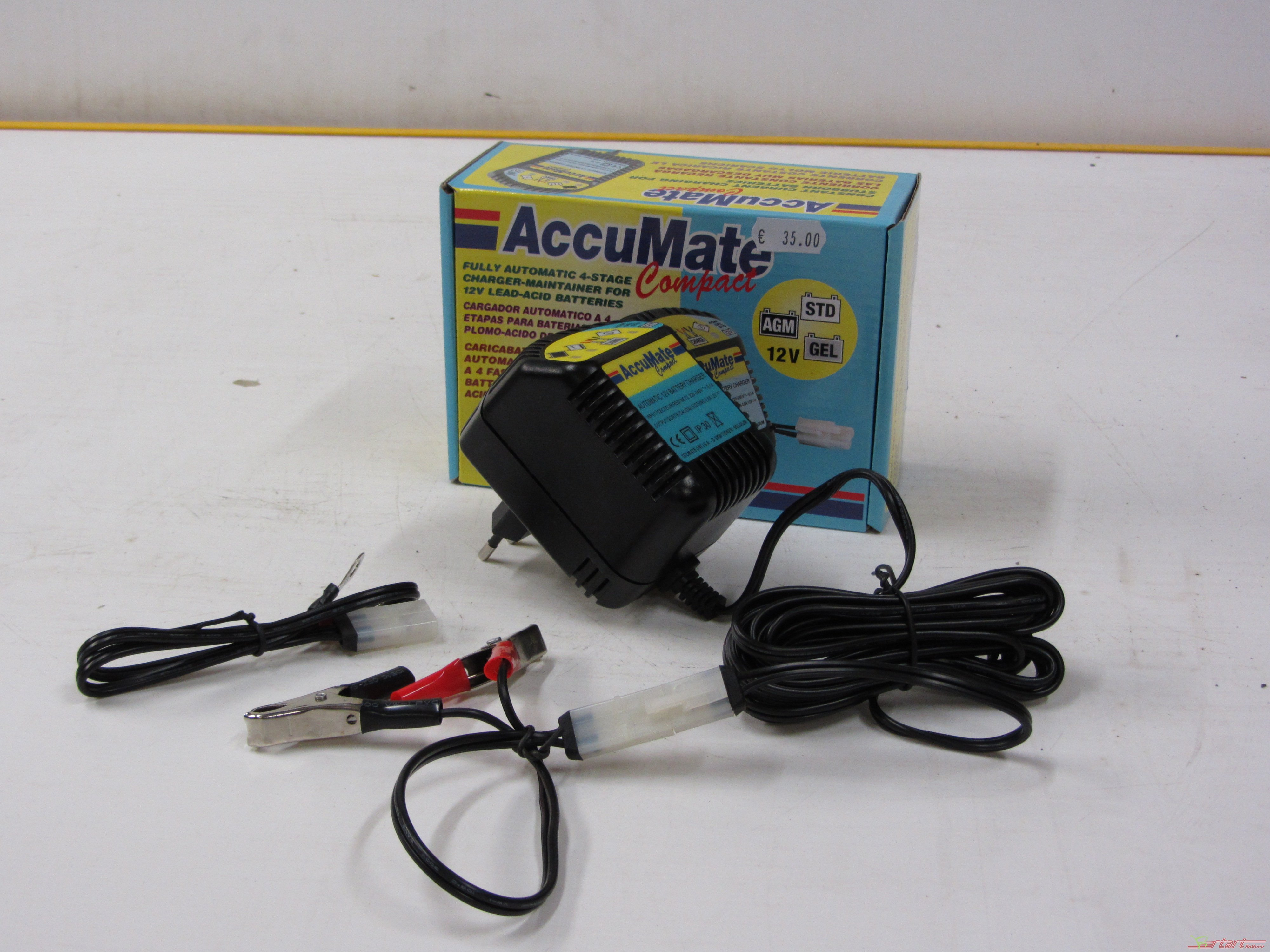 Accumate compact 12v 0 5a caricabatterie start for Caricabatterie auto moto lidl